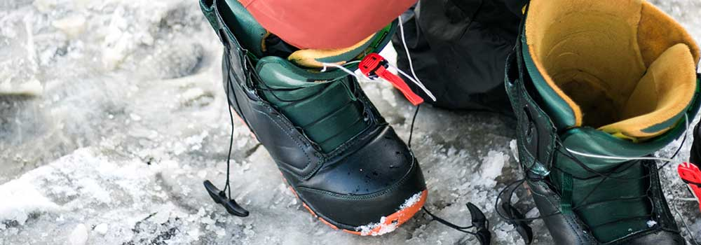 Snowboard-Boot-on-AmericasTrend