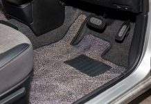 Trouble-free-Way-to-Install-Your-Auto-Floor-Mats-on-americastrend