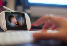 Some-Great-Advantages-of-Using-a-Video-Baby-Monitor-on-americastrend